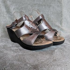 Comfort Plus By Predictions Wmns Wedge Sandal 7.5